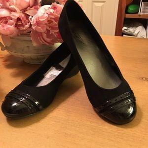 Anthropologie Seychelles Black Wedge Cap Toe Shoes